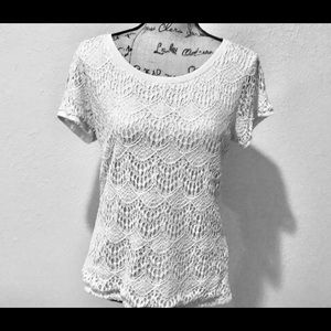 🌻89th&Madison Lace top